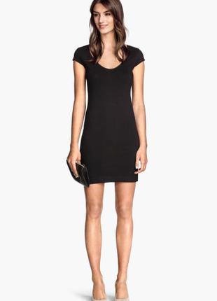 Короткое трикотажное платье h&m, xs-s