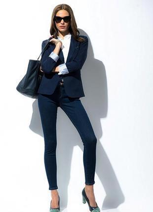 Большой выбор брюк джинс разных размеров легкие джегинсы с высокой талией 32-33 размер