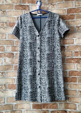 Платье рубашка с принтом питона