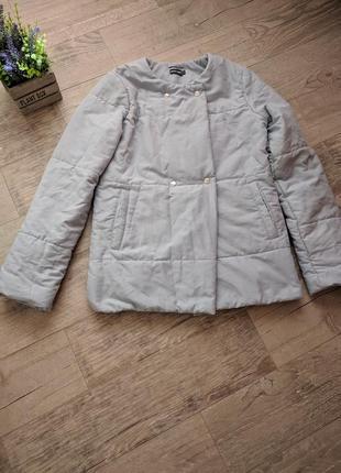 Курточка на весну та осінь