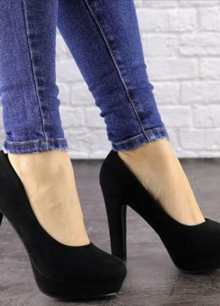 Туфли женские чёрные замшевые