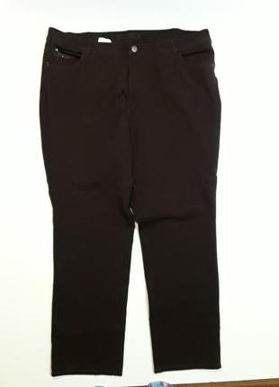 Фирменные стрейчевые штаны джинсы