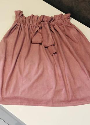 Замшевая юбка с высокой посадкой