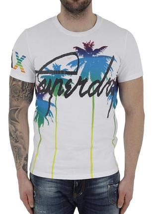 Бомбовая футболка с ярким тропическим принтом superdry international