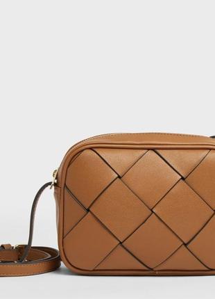 Классная сумочка stradivarius