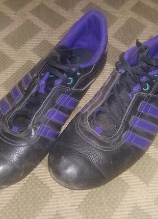 Кроссовки adidas кросівки