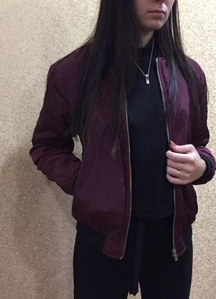 Бомбер женский. бордовый бомбер - куртка h&m. размер с. bomber jacket