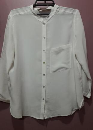 Шелковая рубашка молочного цвета с укороченнымрукавом
