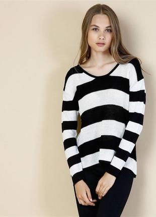 Шикарный свитерок в полоску от colins