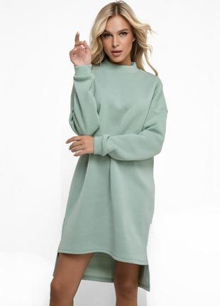 Крутое короткое мятное теплое асимметричное платье на флисе