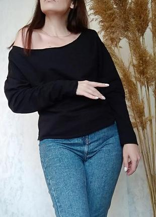 Кофта оверсайз черный свитшот asos . свитер черный до длинного рукава