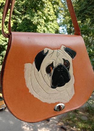 Крутая кожаная сумка с собачкой мопс.