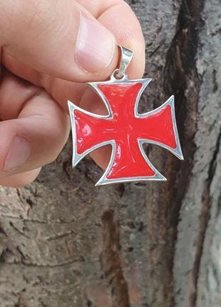 Мальтийский крест из серебра с эмалью
