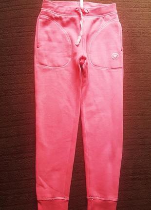 Плотные спортивные штаны на байке 9-10лет