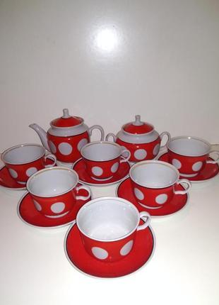 Чайный сервиз фарфоровый на 6 персон красный в белый горох ретро винтаж ссср
