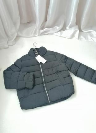 Куртка дутик с рюшами на рукавах