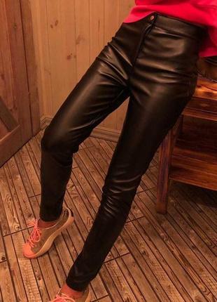 Штаны, брюки из эко-кожи