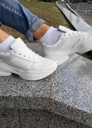 Кроссовки кожаные белые женские ™torsion