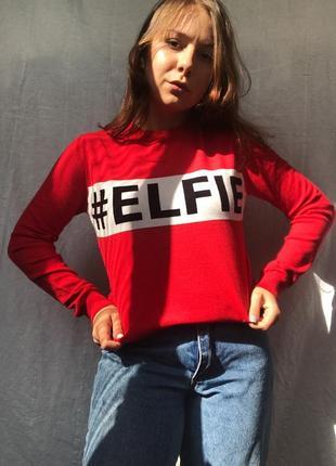 Шикарная кофточка свитерок джемпер красный с принтом тёплый