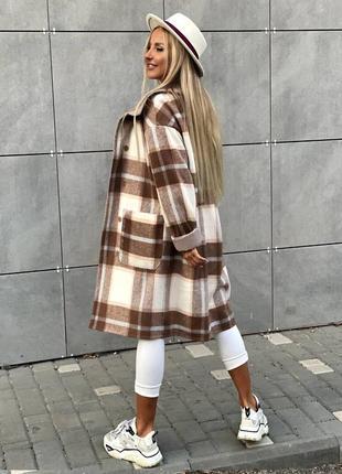 Стильное женское пальто в клетку 🍂 мокко