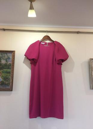 Красивое платье, малинового цвета