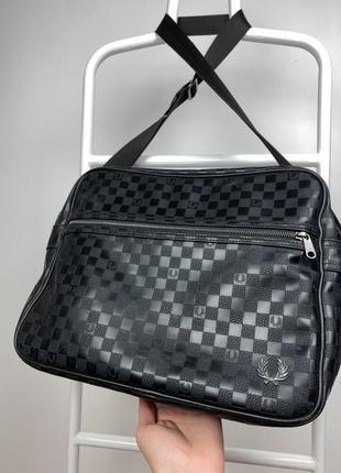 Кожаная сумка fred perry