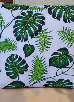 Декоративная наволочка с листьями  40*40 см