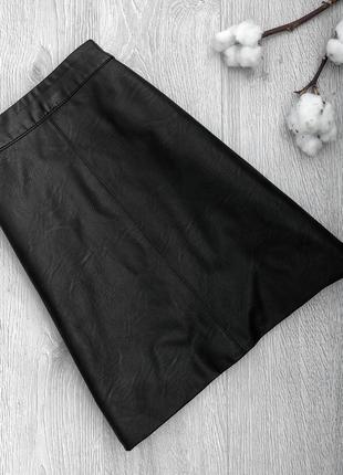Базовая юбка под кожу с высокой посадкой на высокой талии
