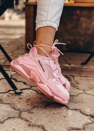 Шикарные трендовые женские кроссовки balenciaga triple s пудровые розовые