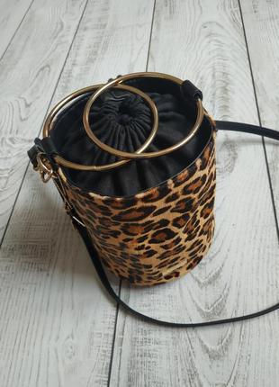 Стильная леопартовая сумочка. aldo