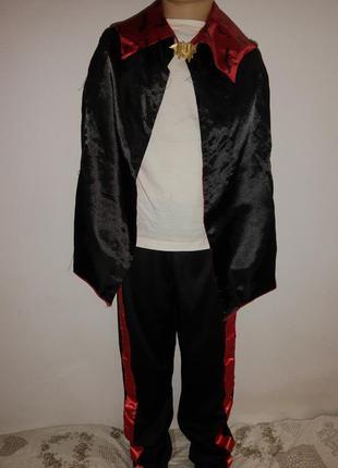 Карнавальный костюм вампира дракула на хэллоуин