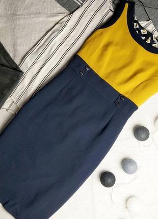 Силуэтное платье футляр чехол marks & spenser