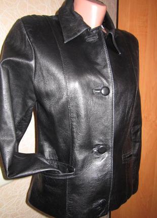 Чёрный кожаный пиджак, жакет, блейзер, классика, кожанка, кожаная куртка/bettina rizzi/