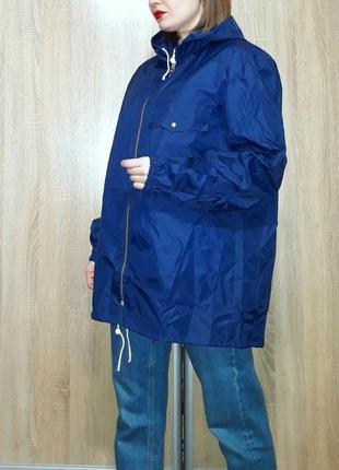 Винтажный плотный дождевик ветровка  анорак оверсайз с капюшоном прямого кроя hugogek