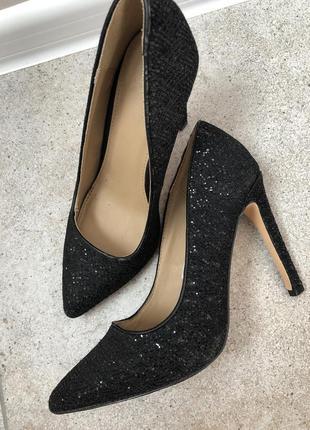 Чёрные туфли лодочки zara