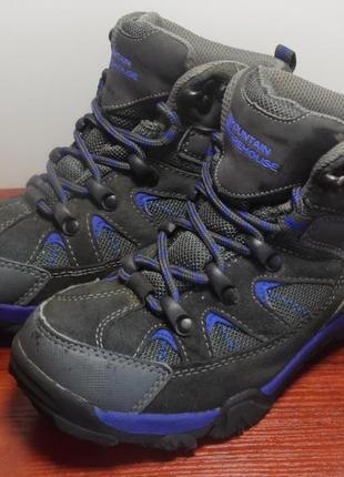 Трекинговые ботинки mountain warehouse