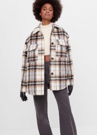 Трендовая клетчатая куртка bershka !!!новая!!!