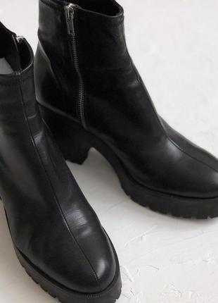 Сапоги ботинки полусапожки зара в идеальном состоянии р.40