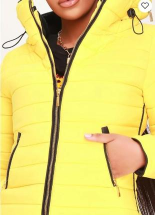 Rising.товар куплен в англии. стеганная куртка деми с модной отделкой в лимонном цвете.