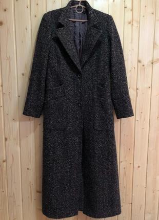 Осіннє пальто з розрізом