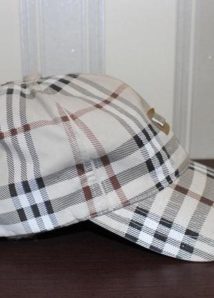 Крутая кепка популярного бренда  burberry оригинал