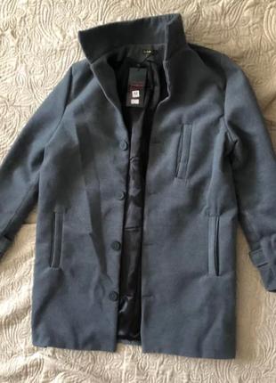 Чоловіче кашемірове пальто на ґудзиках