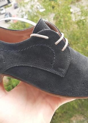Замшевые закрытые туфли на шнурке от marco polo