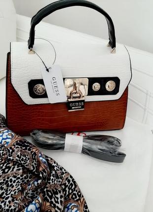 Шикарна сумка для модниць guess