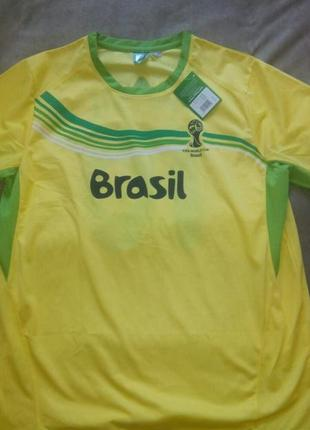 Футбольная футболка размер l-xl