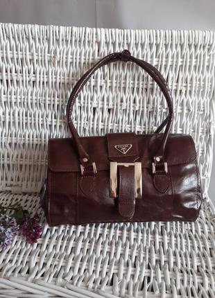 Красивая стильная сумка prada!