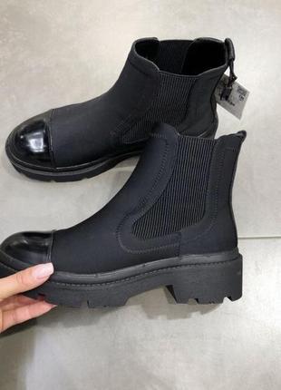 Стилтные ботинки zara 26см стелька