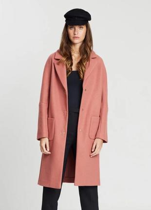 Трендовое  шерстяное пальто от esprit .новое