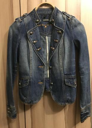 Джинсовая куртка-пиджак жакет