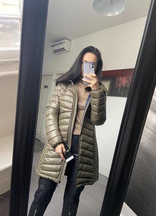 Демисезонная куртка пуховик dkny